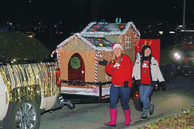 This year's Christmas Parade in Oak Ridge will be in reverse.