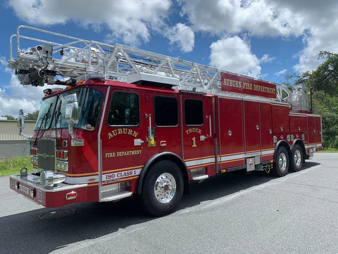 E-ONE recently delivered an HR 100 ladder truck to a fire department in New York state.