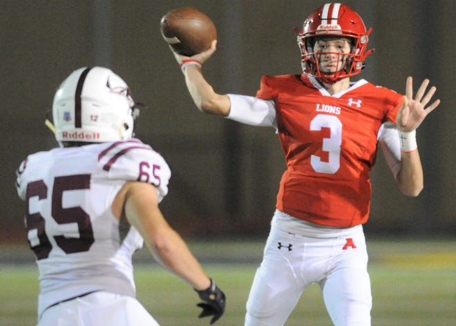 Albany quarterback Barrett Beal throws a pass against Ralls in a Class 2A Division II area-round playoff Thursday, Nov. 19, 2020, at Tiger Stadium in Snyder.