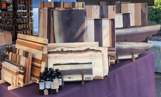 SoKno Woodworking cutting boards come in pecan, maple and walnut and a variety of sizes.