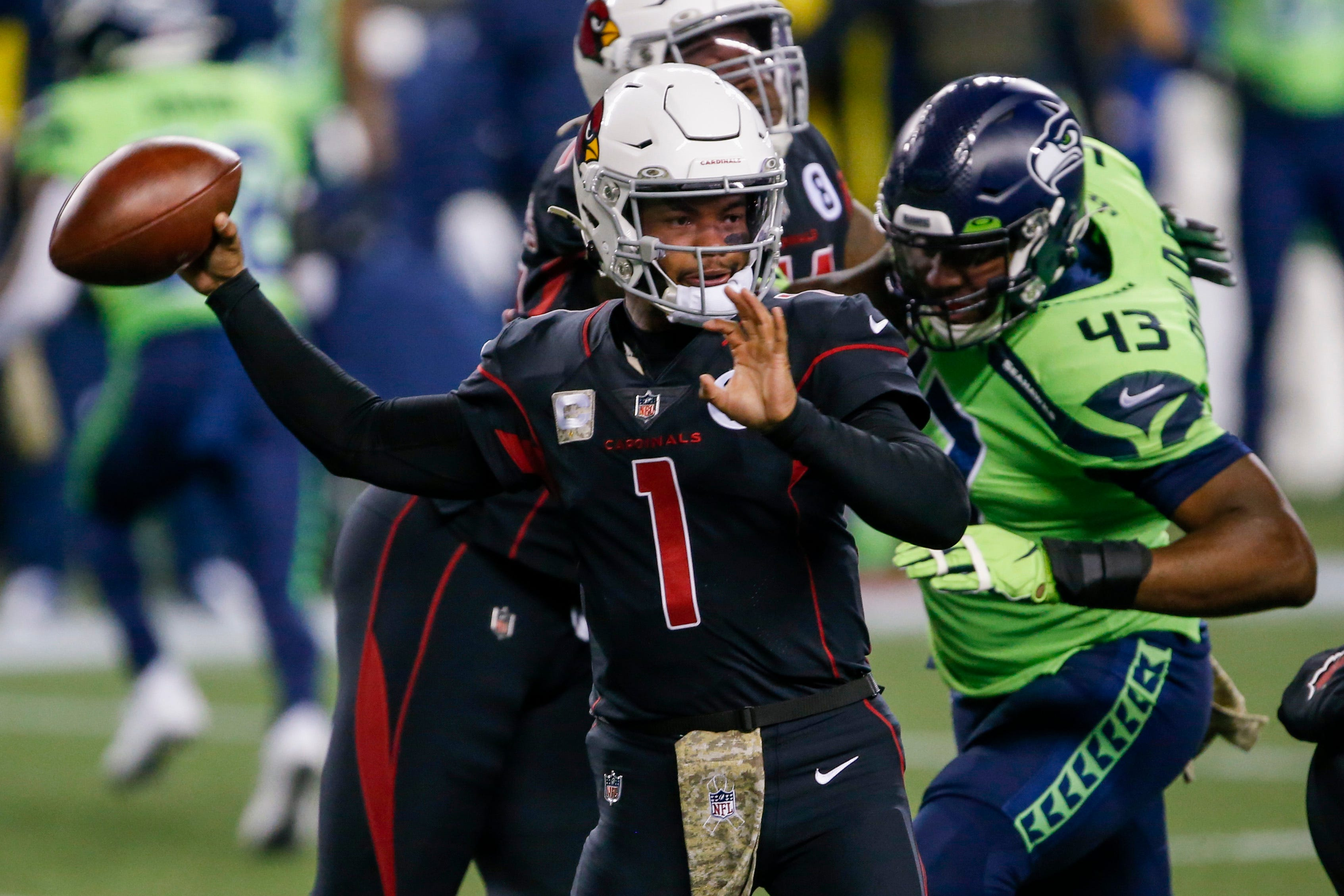 Errors prove costly for Arizona Cardinals against Seattle Seahawks on 'Thursday Night Football'