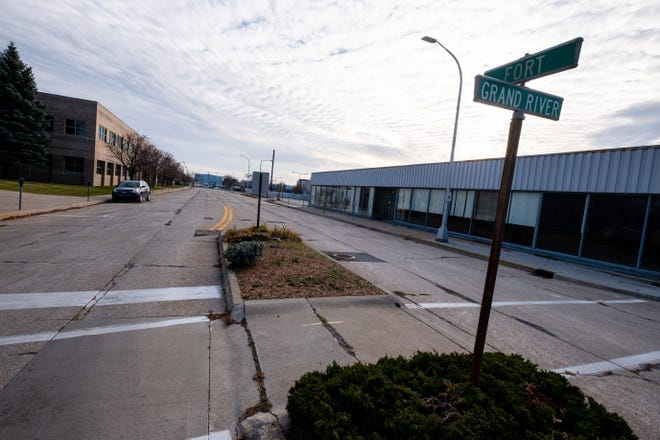 Fort Street at Grand River Avenue in downtown Port Huron is shown near the Wrigley Center development in late 2020. Reconstruction of the roadway is slated for 2022.