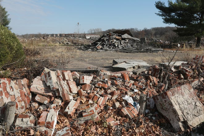 The City of Zanesville has had testing done on the various debris piles at the former Lear property on Linden Avenue. Abestos has been found in many of the piles, and the city is assessing how to move forward.