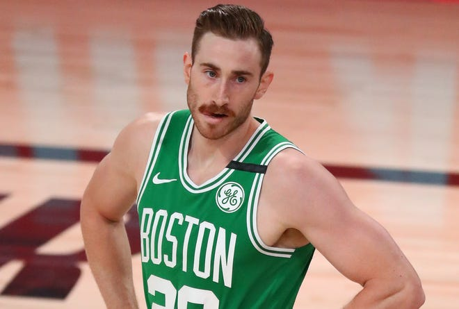 Gordon Hayward opted to sign a new contract with the Charlotte Hornets over returning to the Boston Celtics this upcoming season.