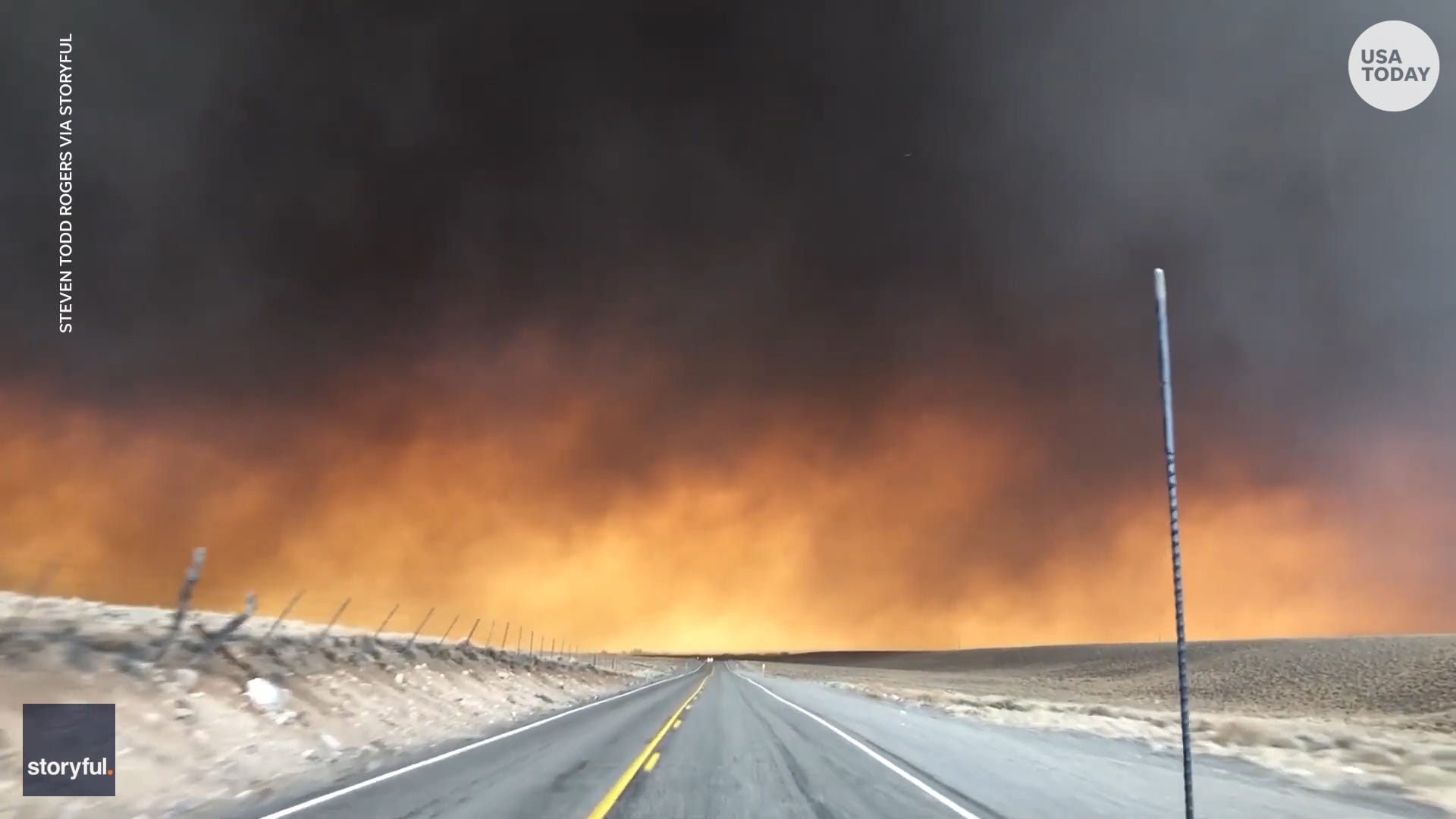 Driving into Armageddon : Man captures drive into wildfire on video
