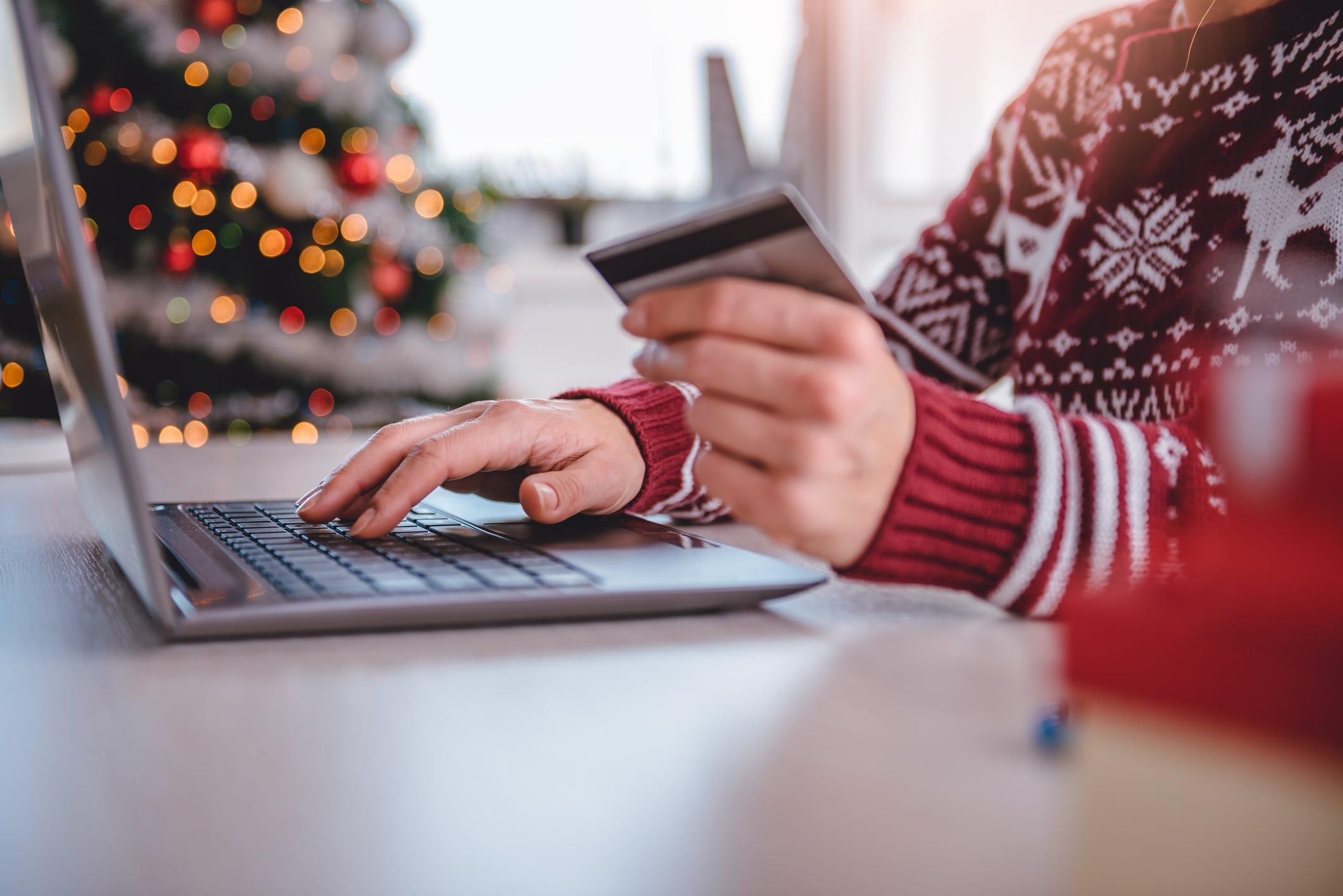 'Tis the season to follow these wise shopping tips, anti-fraud precautions