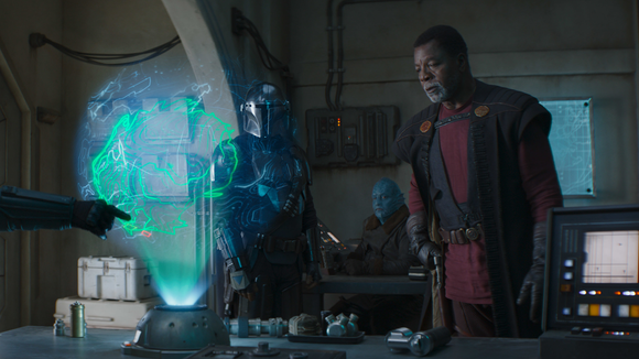 Carl Weathers directs this week's episode of The Mandalorian.