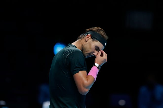 Rafael Nadal seemed on his way to the final when he reeled off four consecutive games in the second set to give himself the chance to serve for the match. He surprisingly stumbled there.
