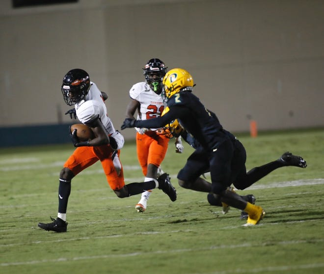 Sanford Seminole will face host Apopka on Friday night in a Class 8A state semifinal.