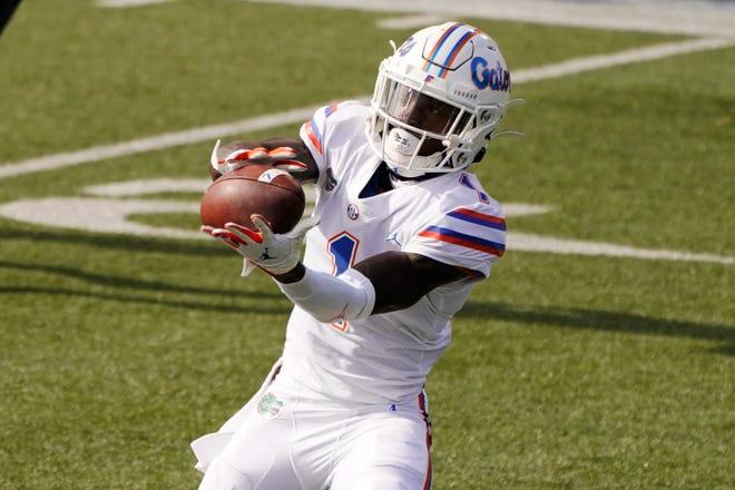 Florida wide receiver Kadarius Toney catches a touchdown pass Saturday against Vanderbilt in Nashville, Tenn.