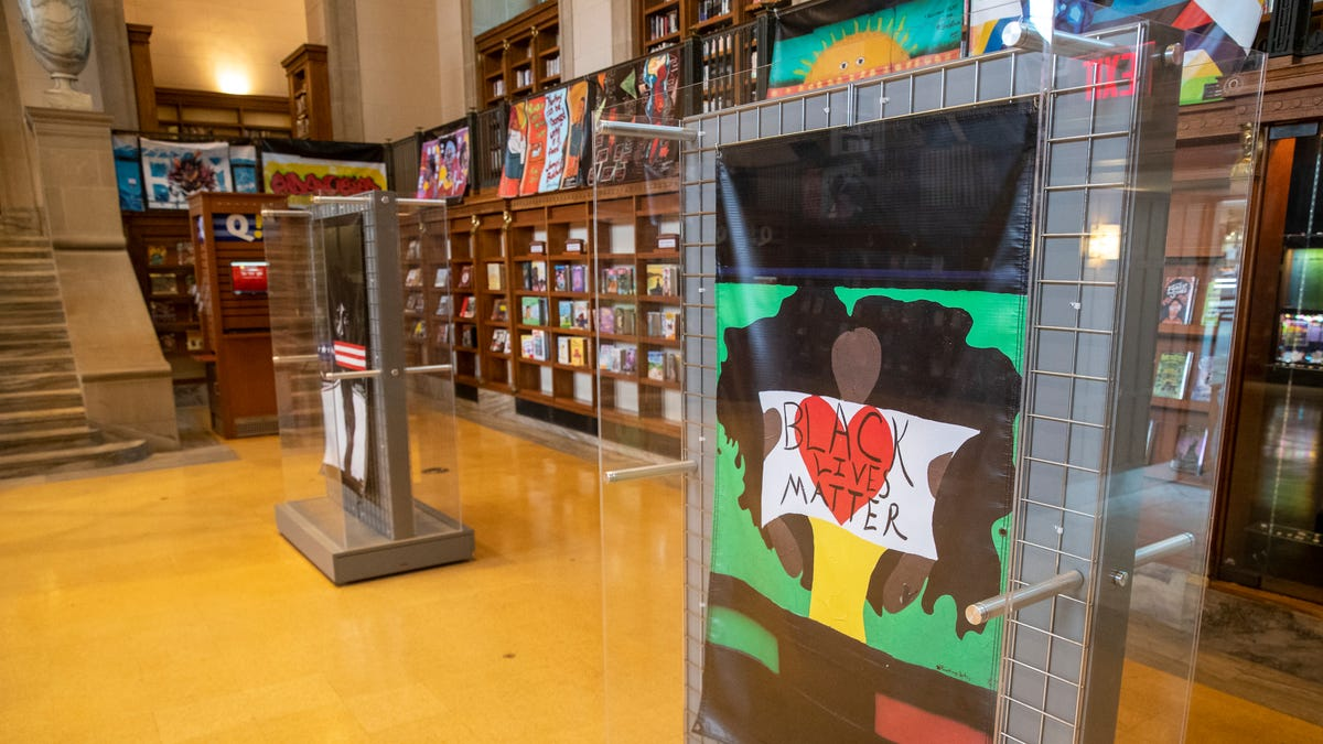 Racial justice focus of new Indianapolis library murals