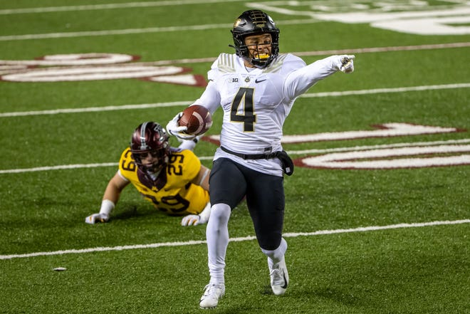 Purdue wide receiver Rondale Moore (4) has the kind of game-breaking speed teams covet and could be a target of the Browns early in the NFL Draft. [USA TODAY Network[