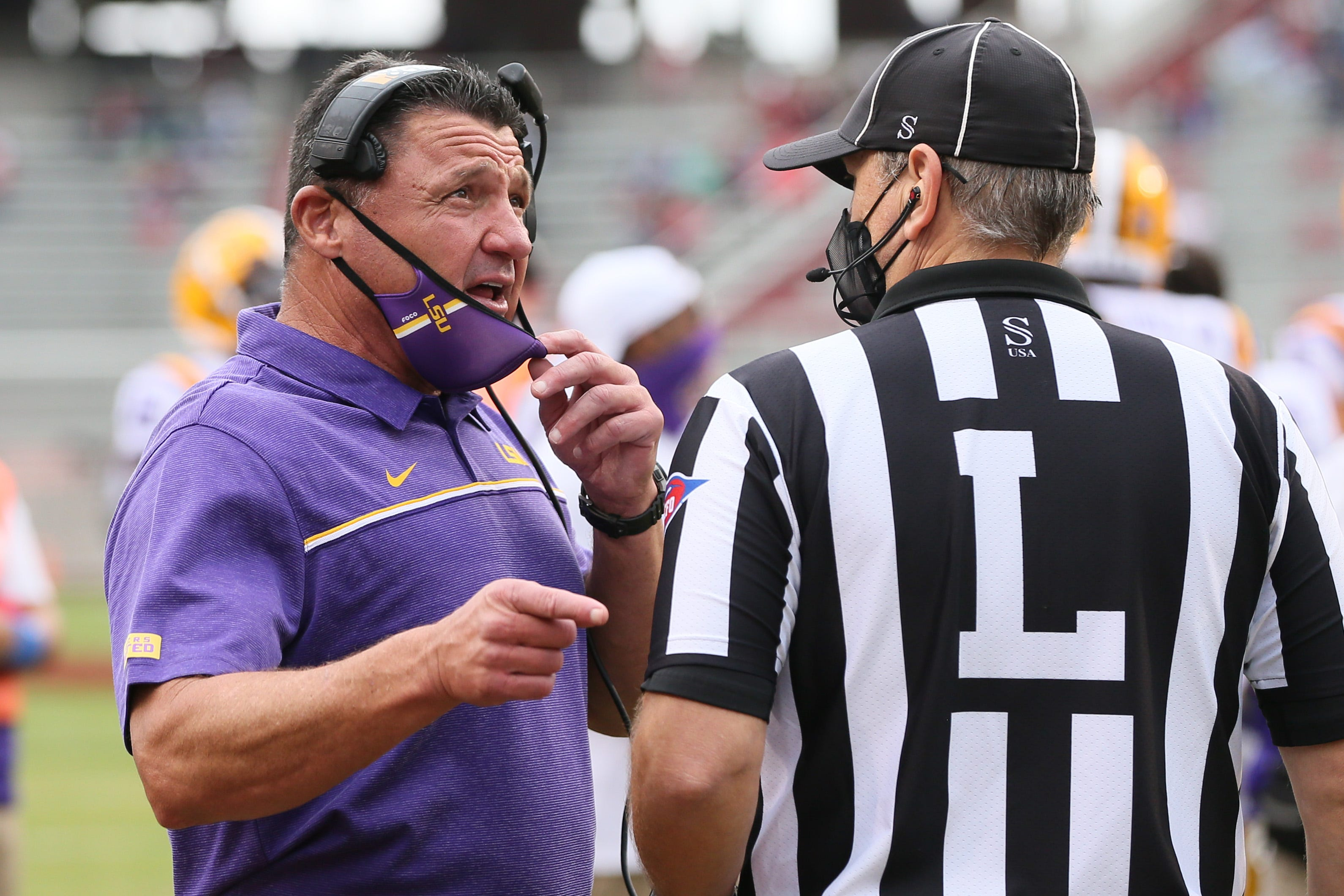 Who Are The Lsu Vs Alabama Football Officials Referee Judges