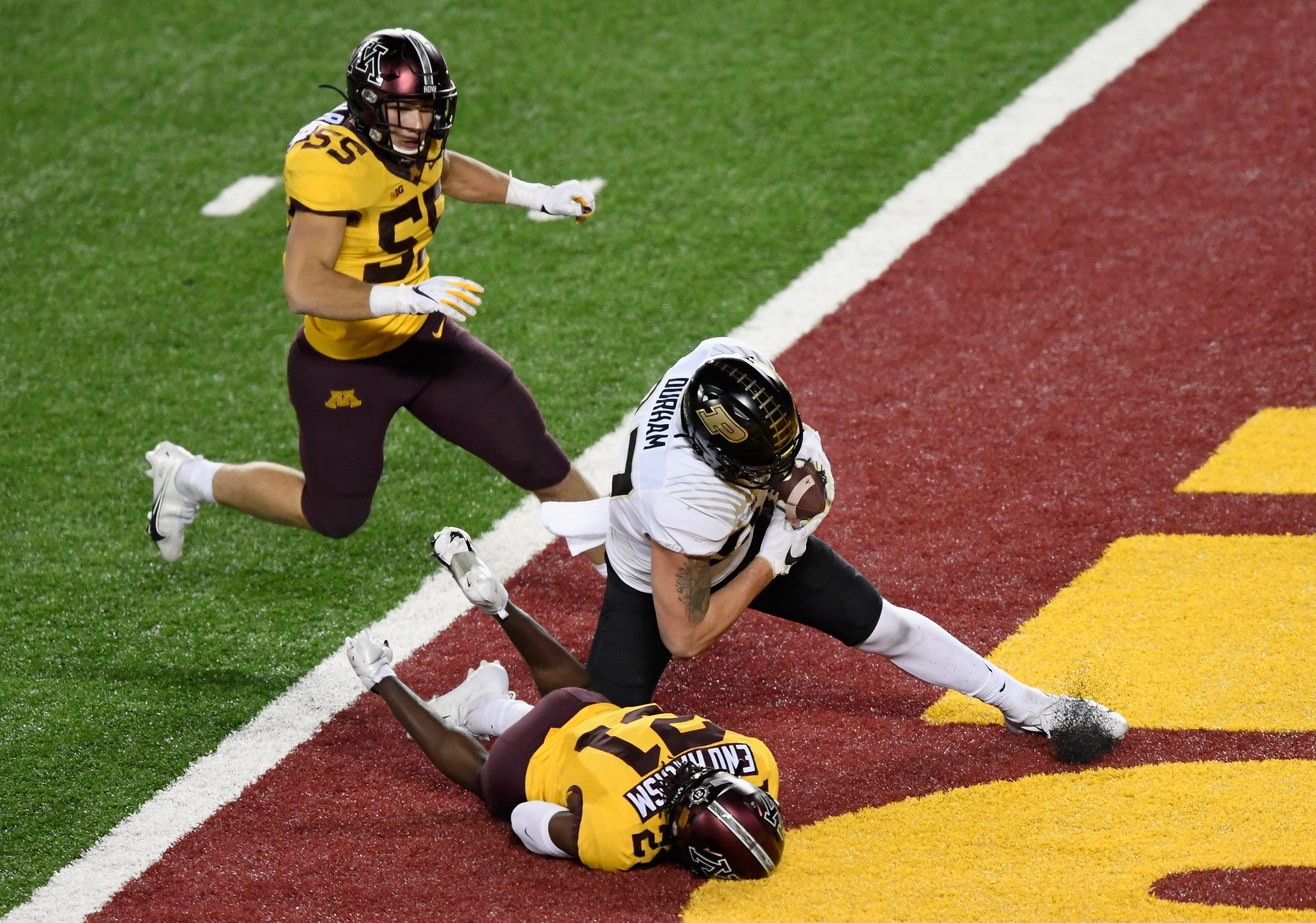 Head-scratching pass interference call costs Purdue in loss to Minnesota
