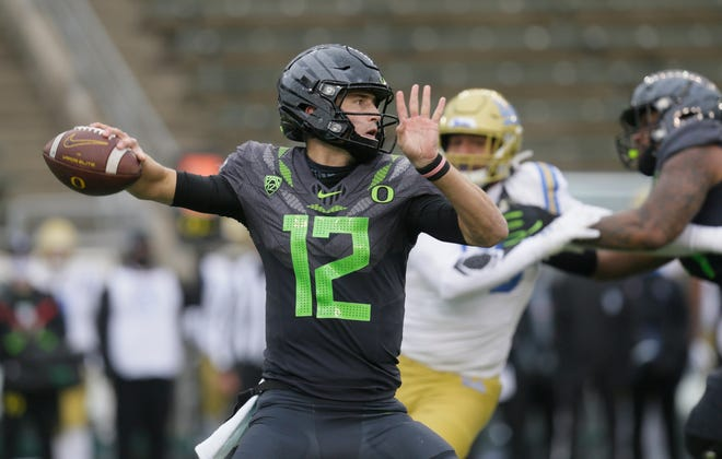 Oregon Tyler Shough of Chandler, Ariz., will return home to quarterback the Ducks in the Fiesta Bowl on Jan. 2 in Glendale, Ariz.