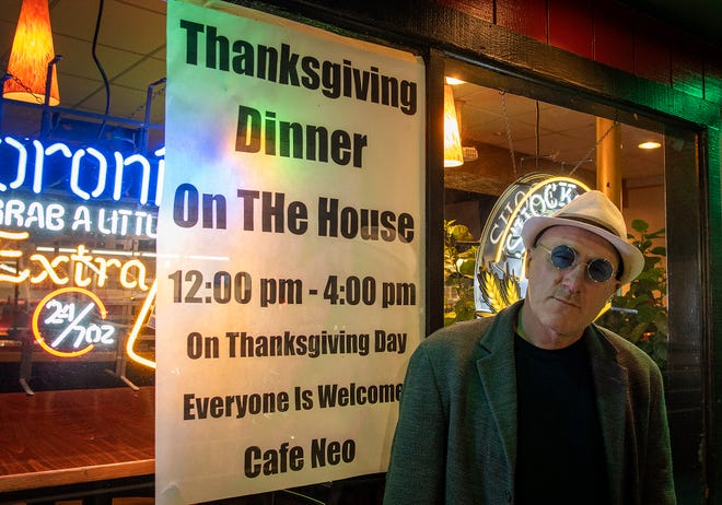 Peter Tsigas, owner of Cafe Neo in Worcester, will give out free Thanksgiving dinners Thursday.