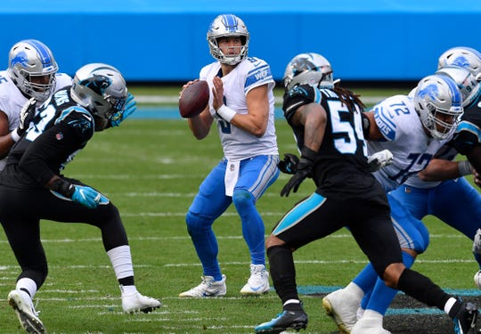 Lions QB Matthew Stafford looks set to pass during the first half of the Lions '20-0 loss to the Panthers on Sunday, November 22, 2020 in Charlotte, North Carolina.