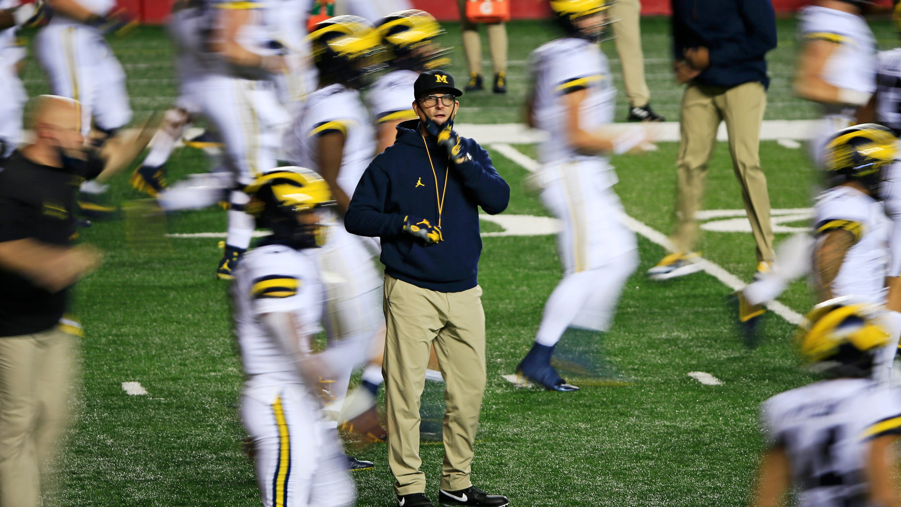 Michigan football trails Rutgers by 2 scores at halftime: How did it get this bad?