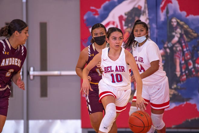 The Andress High School varsity girls basketball team defeated Bel Air High School 65-48 to improve to 3-0 on the season. Bel Air is now 0-3. Bel Air High School hosted Andress High School at home on Nov. 21, 2020.
