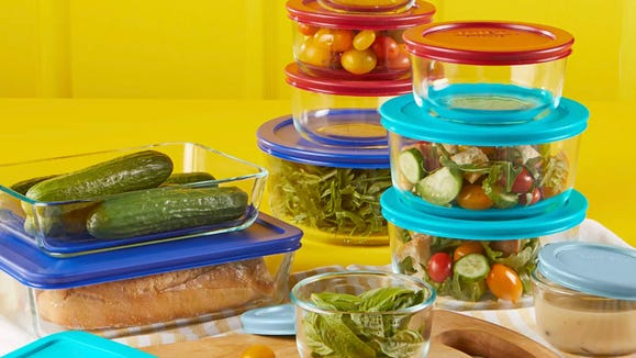 This Kohl's deal on this top-rated Pyrex set is too good to skip.