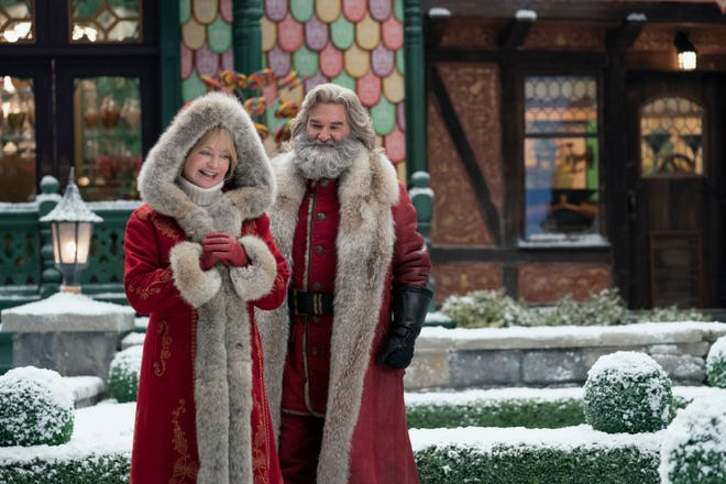 """Goldie Hawn and Kurt Russell in the movie """"The Christmas Chronicles: Part Two."""""""