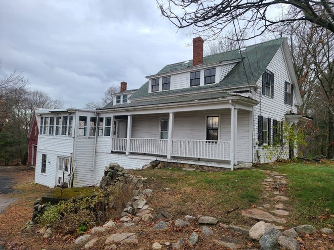 The town is working with a local developer to renovate 433 Chestnut St., the former property of inventor and selectman Henry Warren