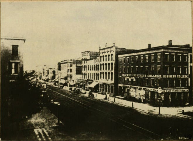 This photo shows the corner of Broad and High streets, looking north from the intersection circa 1780.