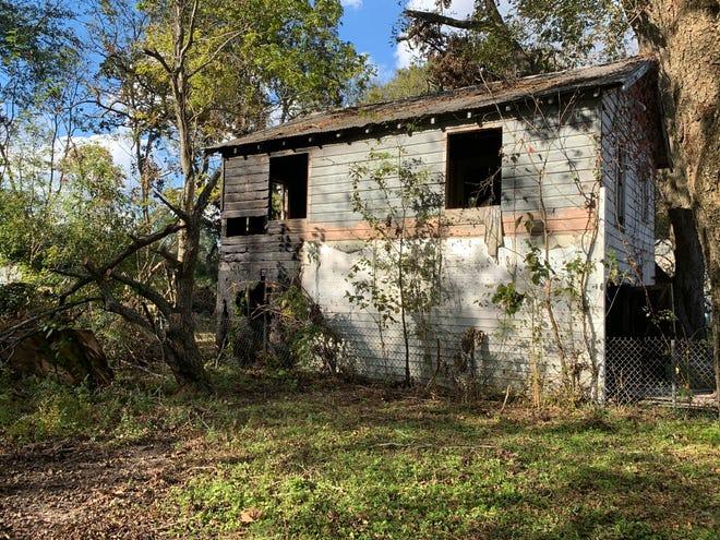 Abandoned garage on North St. Antoine Street damaged in fire on Nov. 22, 2020.