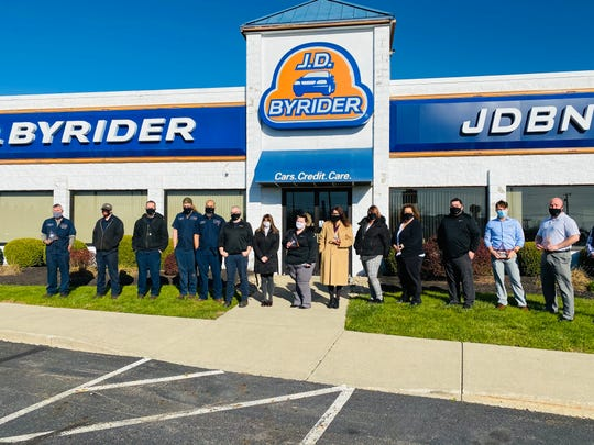 Byrider of Mansfield recently received the company's President's Award for being in the top 10% of Byrider stores.