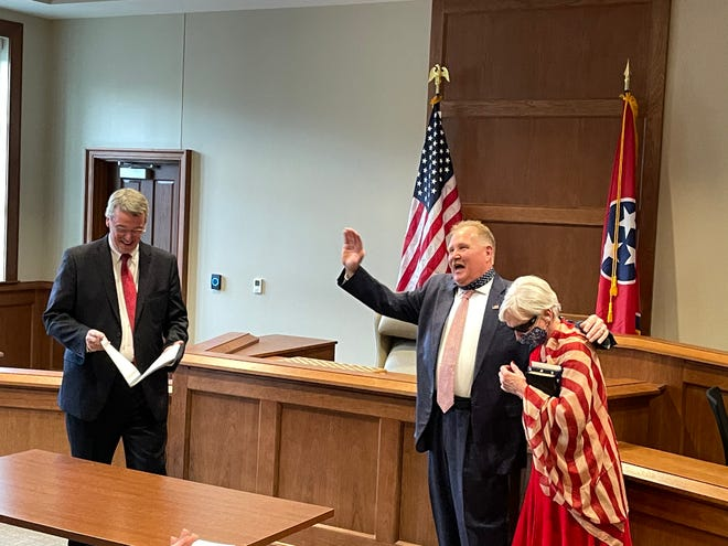 New Dickson County Sheriff Tim Eads is sworn in Saturday afternoon at the Dickson County Justice Center.