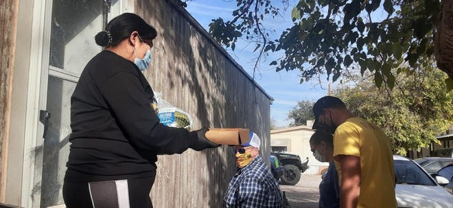 Zia 4x4, a Las Cruces nonprofit, distributed Thanksgiving meals to 30 families in need on Sunday, Nov. 22.
