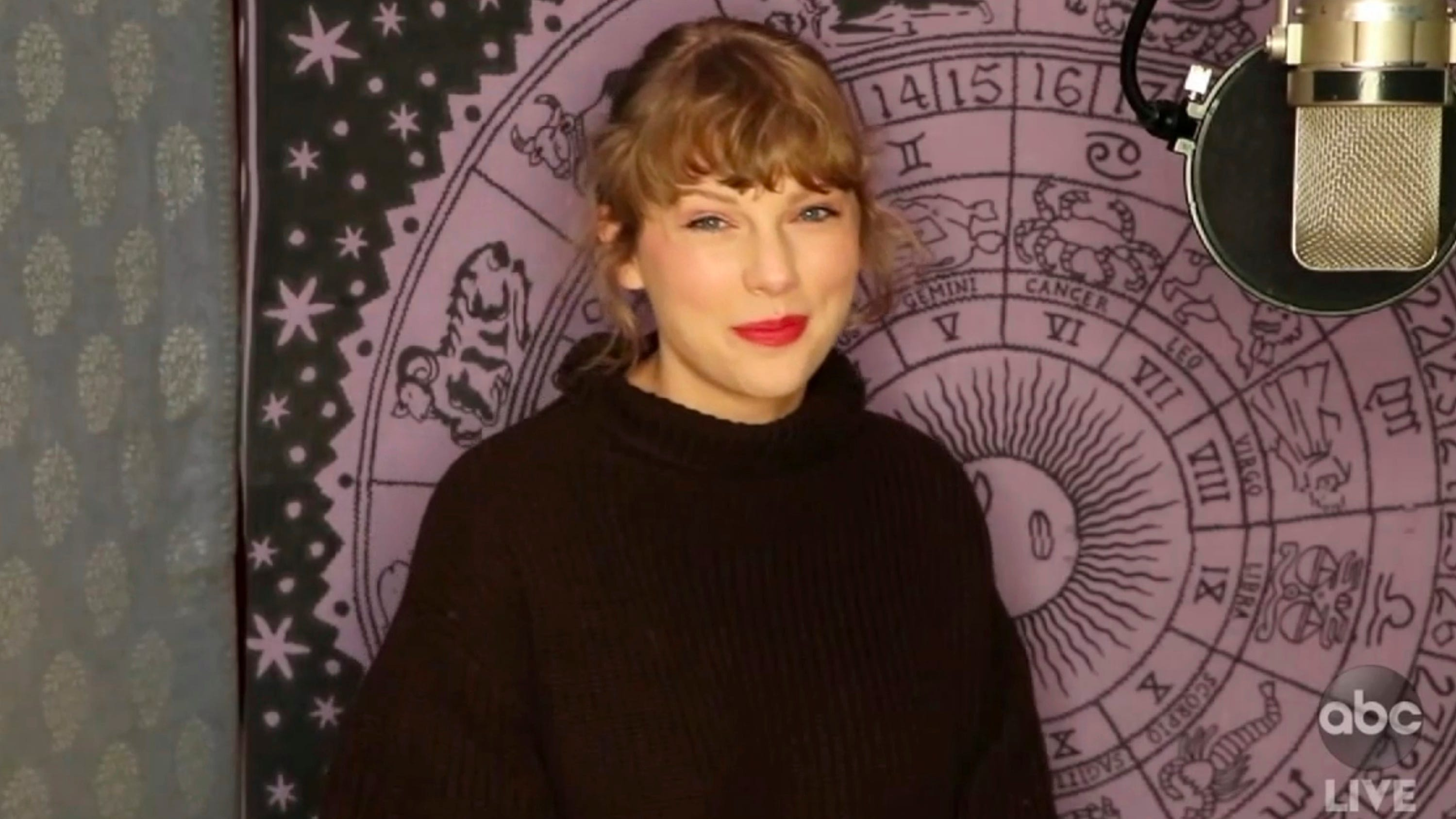 Artist of the year winner Taylor Swift appeared virtually during Sunday's AMAs.