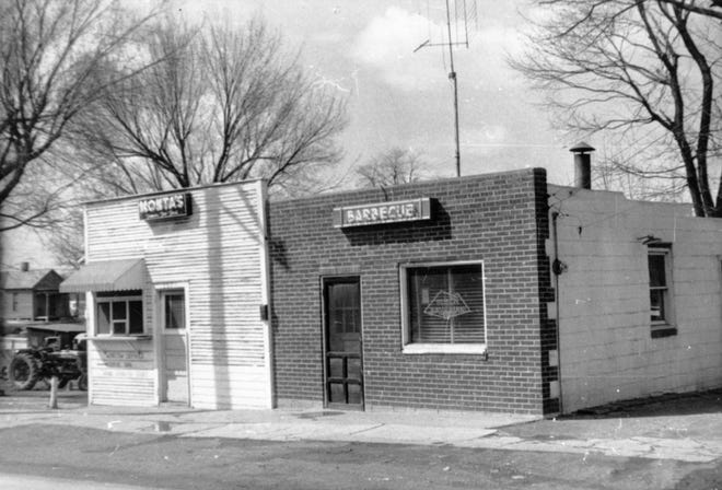 """Monta K. Ralph (1904–1959), known as """"The Barbecue King,"""" owned Monta's Chicken and Rib Shack at 205 N. Fifth St."""