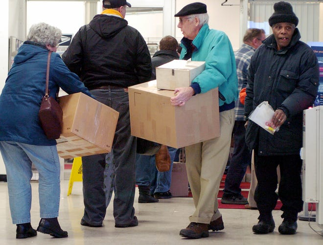 Erie residents line up to mail packages in this 2007 file photo.