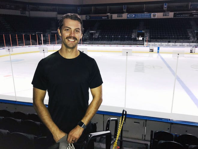 New Kansas City Mavericks forward Rob Bordson is getting used to his new surroundings at Cable Dahmer Arena in Independence. Bordson comes to the ECHL's Mavericks after spending much of his pro career in the AHL and in European elite leagues.