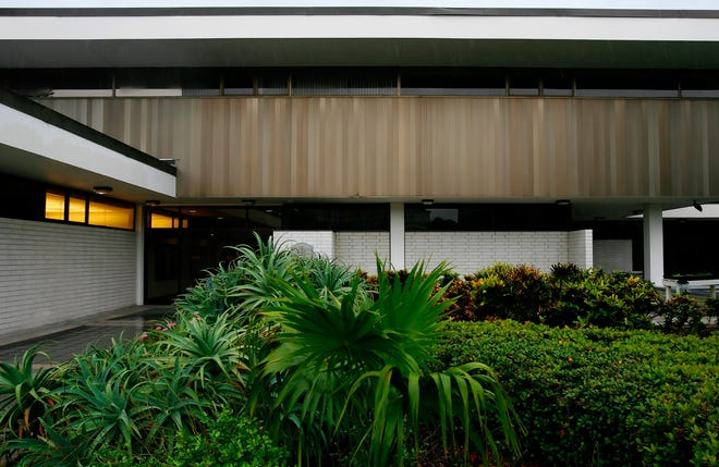 Saraosta City Hall.