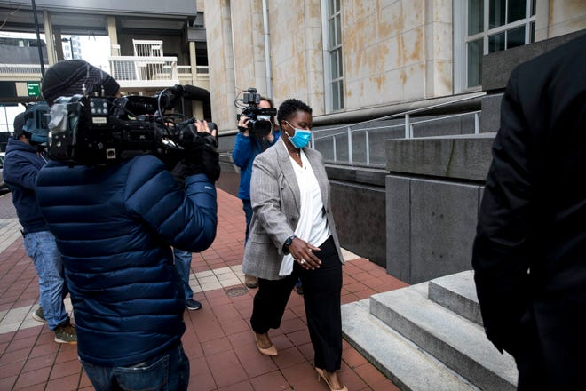 Tamaya Dennard walks into the federal courthouse in Downtown Cincinnati for her sentencing hearing after pleading guilty to wire fraud on Tuesday, Nov. 24, 2020.