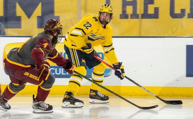 Pemain bertahan baru Michigan Owen Power diproyeksikan menjadi salah satu pemain top untuk draft NHL 2021.