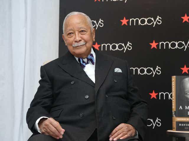 2gww7dgra9ezxm https www usatoday com story news nation 2020 11 23 david dinkins dies new yorks first african american mayor 93 6404290002