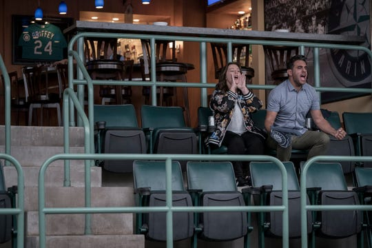 """Carol (Melissa McCarthy) and ex-husband George (Bobby Cannavale) bond over the Seattle Mariners in """"Superintelligence."""""""