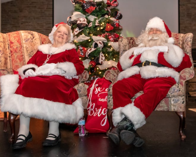 Santa and Mrs. Claus take a well-deserved break during Anna's 2019 Christmas festivities.