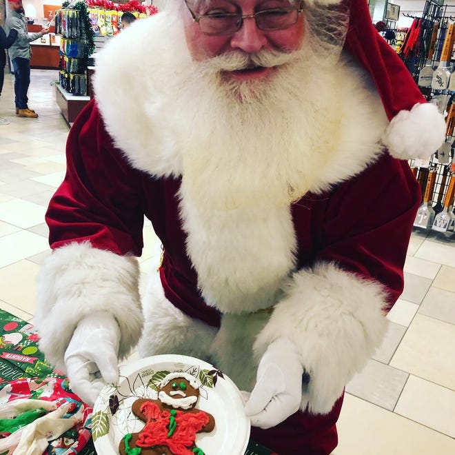 "Santa Claus will be at the Mall at Fox Run in Newington in 2020, but will remain in a ""snow globe"" to keep proper social distance amid the coronavirus pandemic."