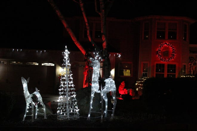 Tallmadge, Brimfield, Rootstown, Suffield and Atwater will be decorating homes to compete in Holiday Light contests in their communities.