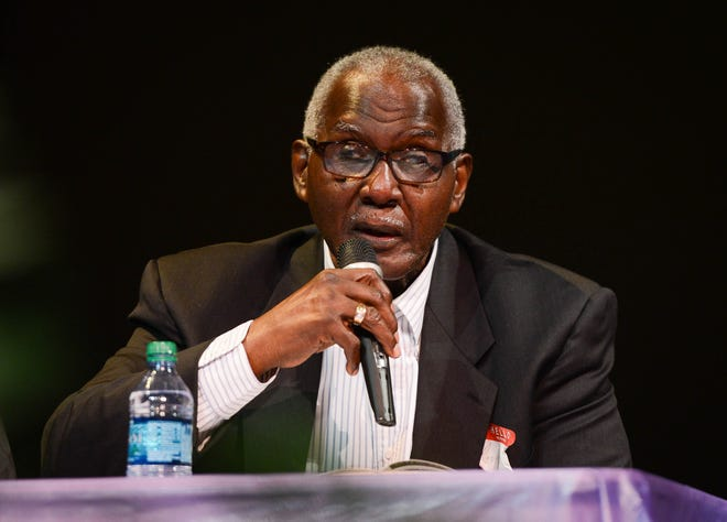 The Rev. Jerome Dupree, former principal of Booker High School, at a panel discussion on Sarasota's African American history in 2014.