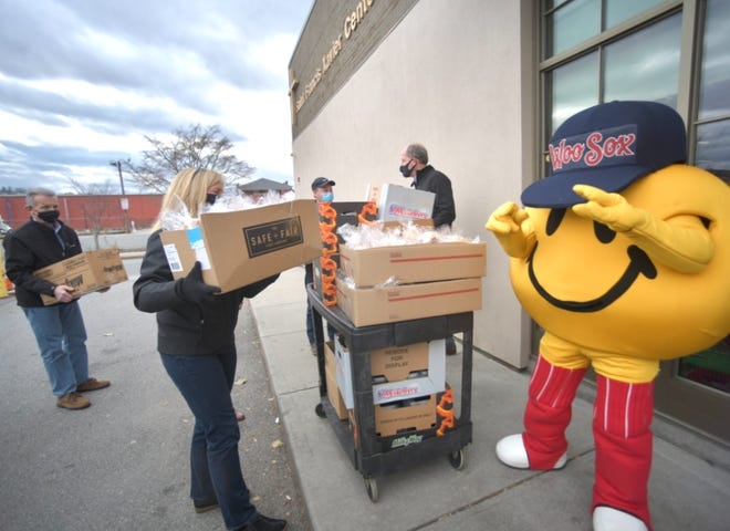 The food was delivered Wednesday morning, with a little help from Smiley Ball.