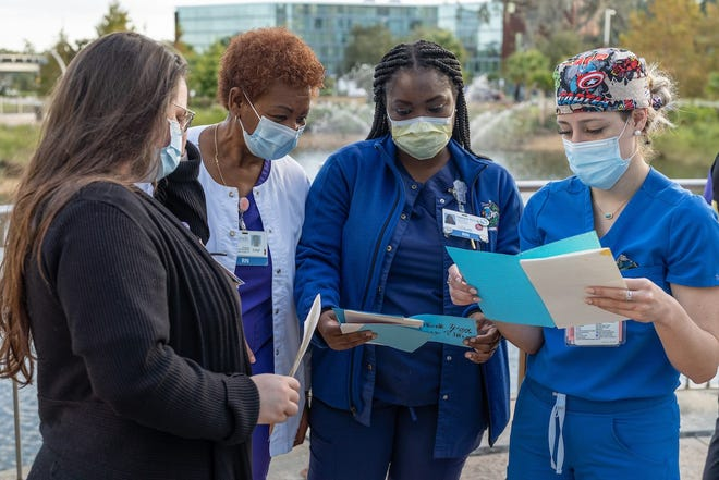Eastside High School students wrote and delivered more than 50 cards to UF Health Shands Hospital workers out of appreciation for their work during the COVID-19 pandemic. [Jesse Jones/UF Health]