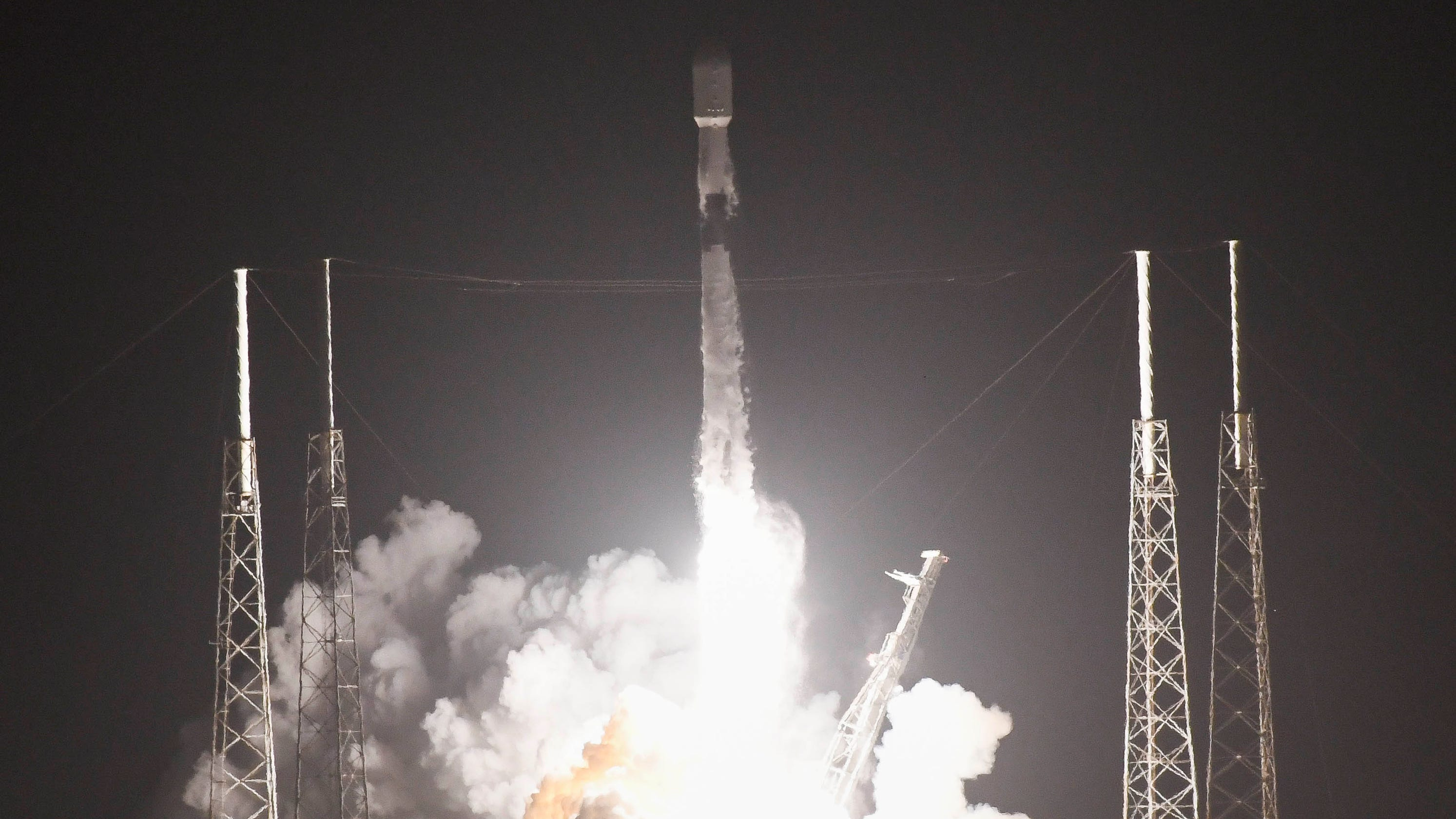 SpaceX launches 100th Falcon 9 mission with fleet-leading rocket from Florida