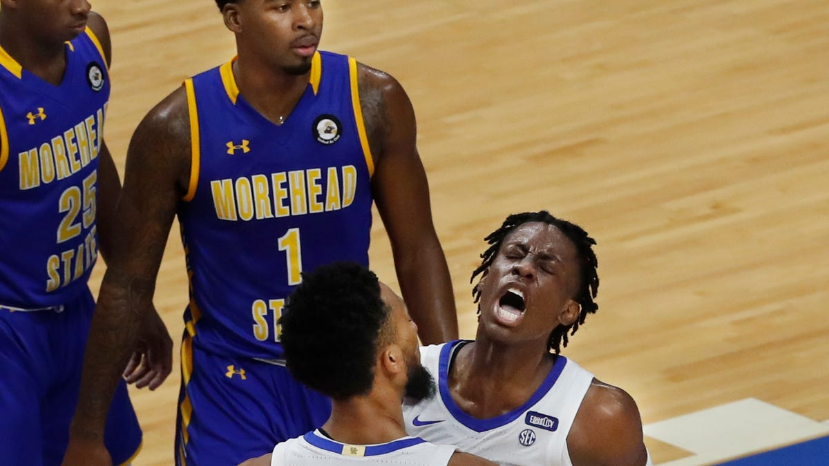 SEE IT: Kentucky basketball tips off 2020-21 against Morehead State