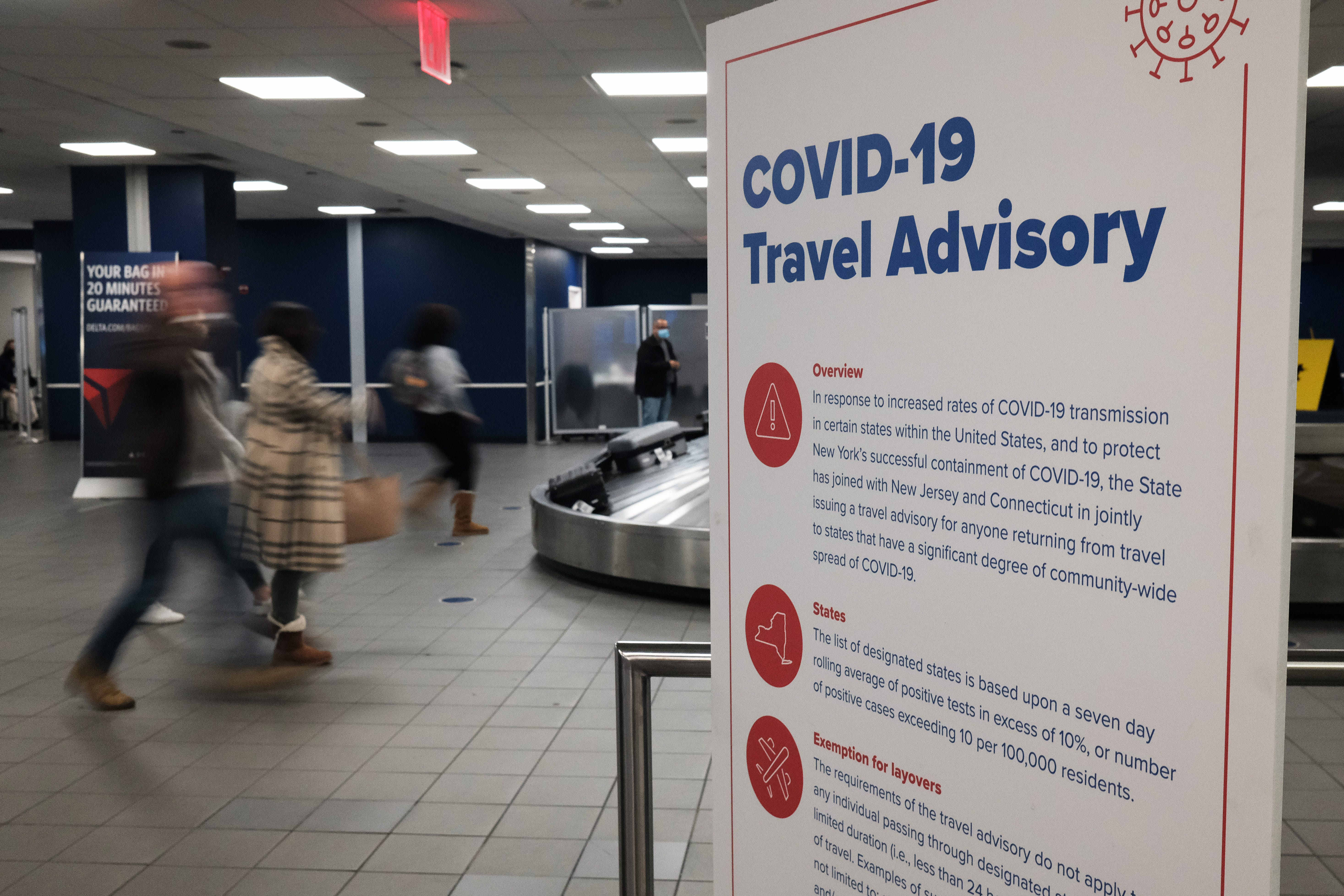 I have concerns : Americans crowding airports for Thanksgiving, despite CDC plea to stay home