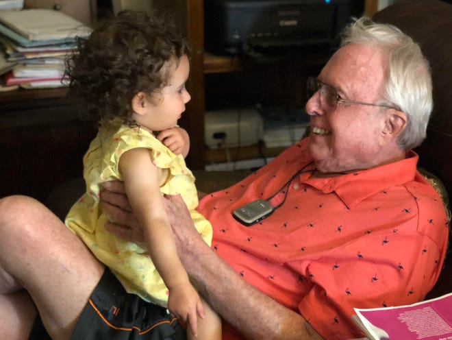 Ron Karlin, right, father of Anna Staver, with his granddaughter during a vacation to Florida in June 2019.